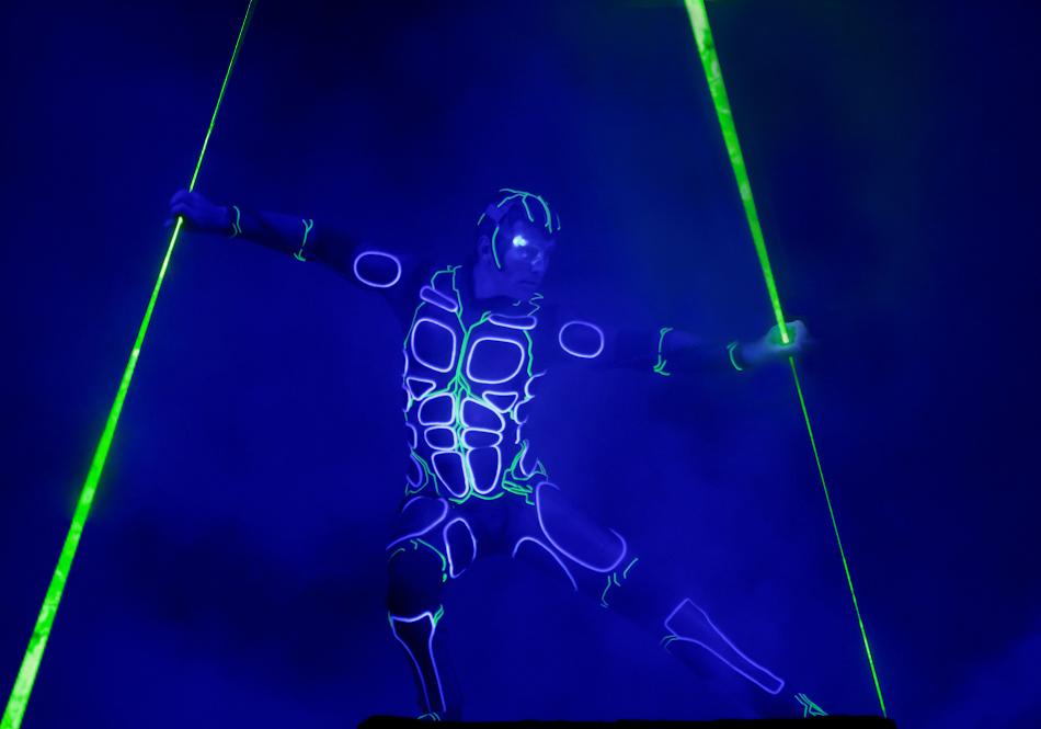 Laserman_5m_sabre_illusions